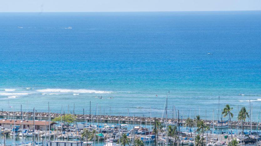 Ocean View ala moana condominium vacation rental